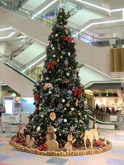 センター北ショッピングモールはのクリスマス一色